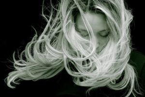 Amarres de amor con cabello, los más efectivos