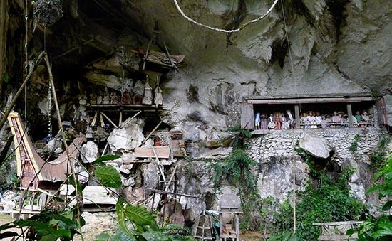 Entierros en Toraja