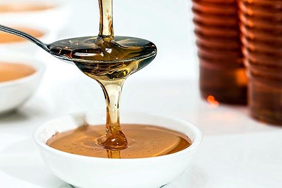 conjuros de amor con miel